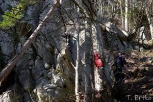lezenie-v-komjatnej-2019-04_10